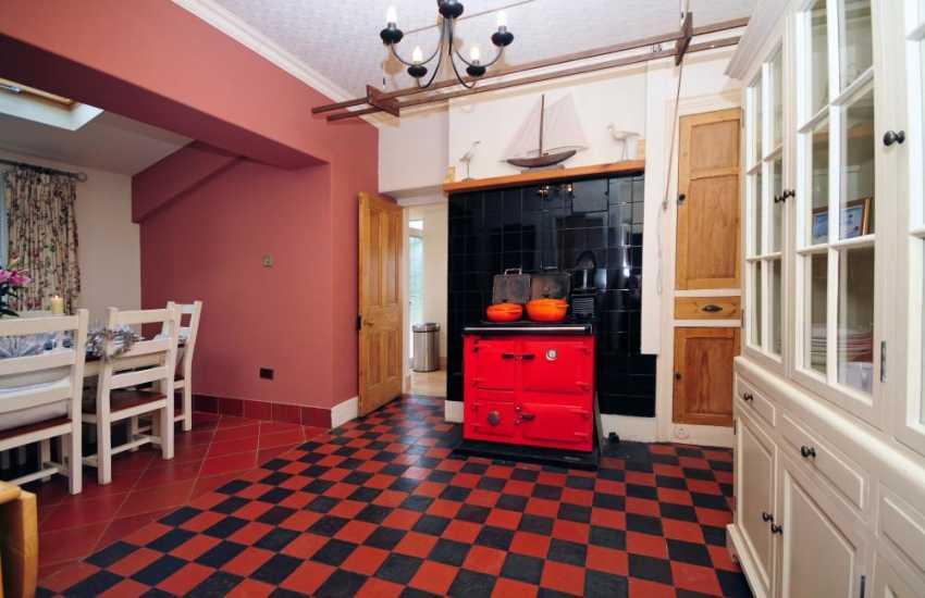 Nefyn holiday house - dining room