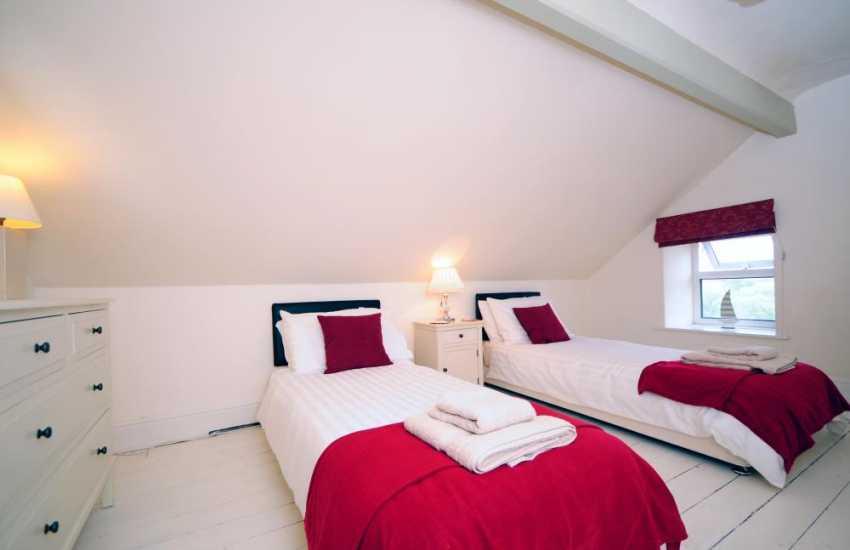 Morfa Nefyn holiday house - bedroom