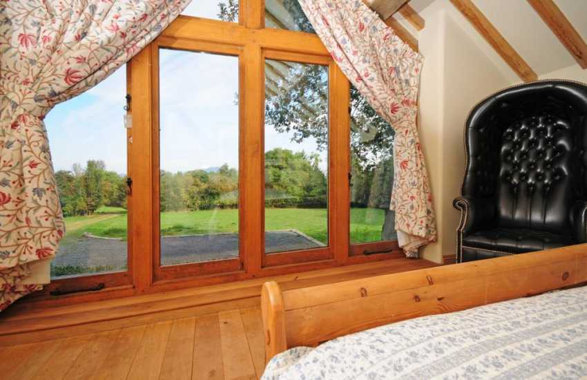 Oak framed holiday cottage Wales - bedroom
