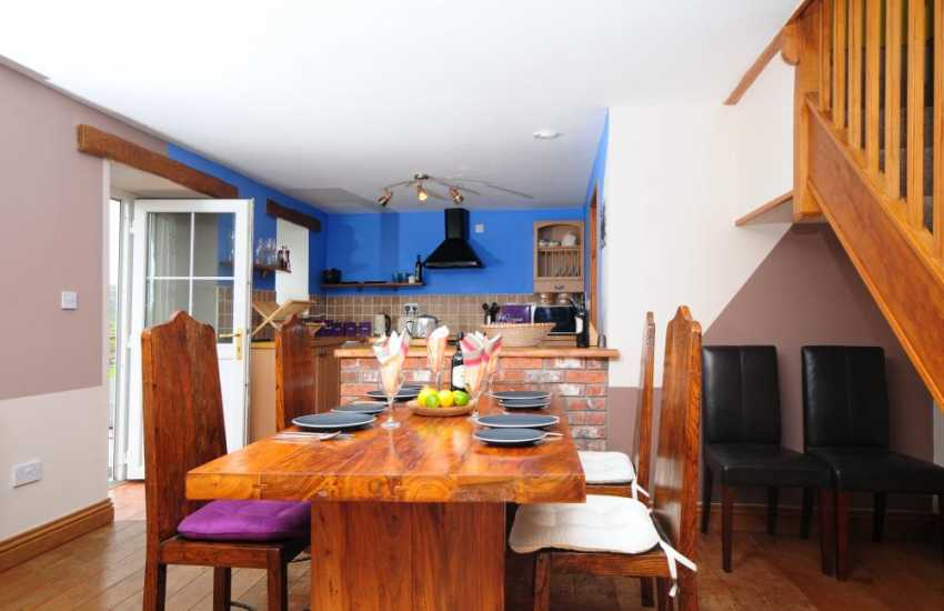 Rural retreat Snowdonia - dining room