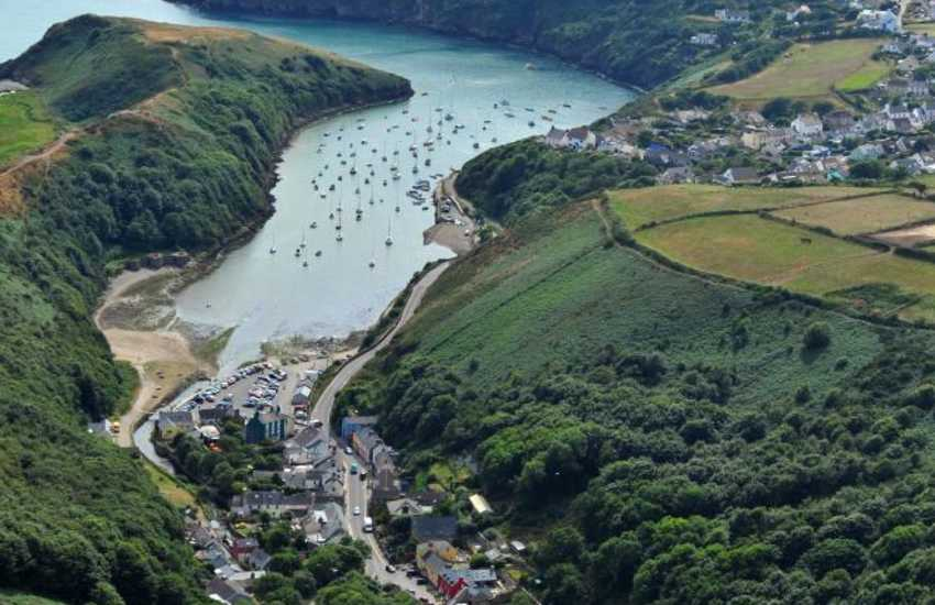 Solva Valley holiday home near the harbour