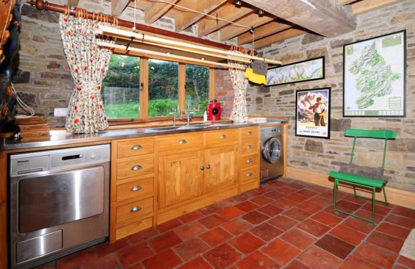 Offas Dyke holiday cottage Wales - utility