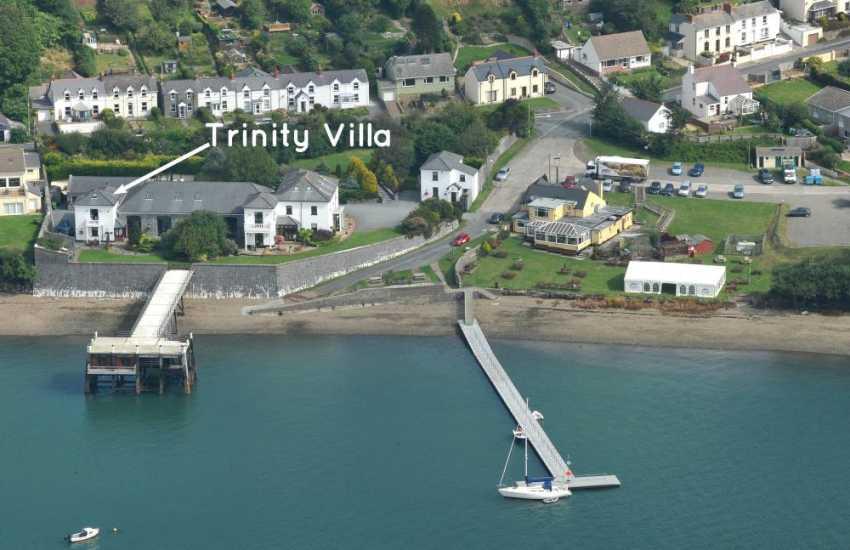 Haven Waterway - Trinity Villa riverside holiday complex