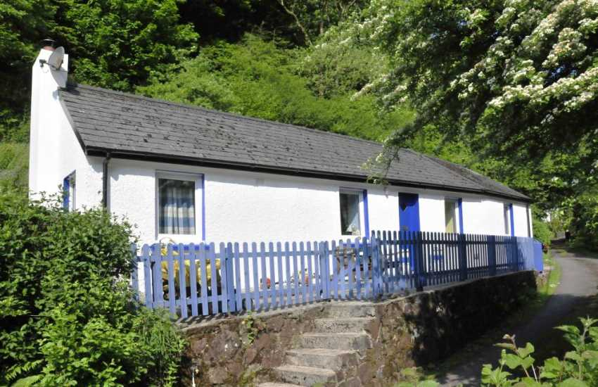 Cottage in quiet location near Laugharne