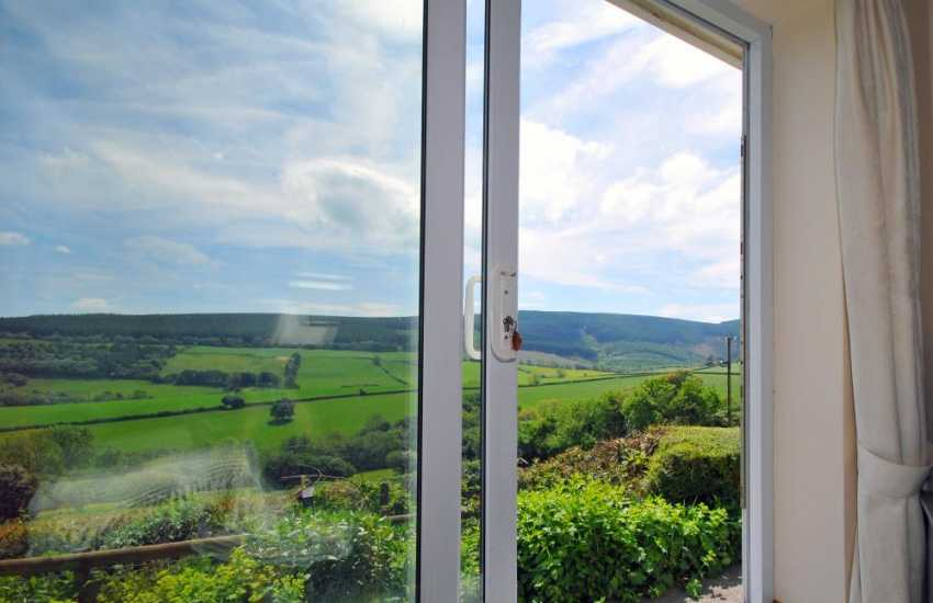 Offas Dyke holiday cottage - view