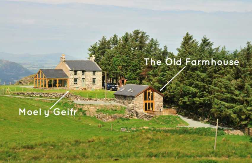 Holiday cottages with country and sea views