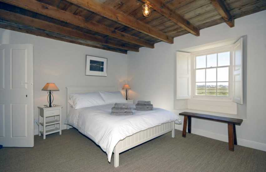 Self-catering Pembrokeshire coastal cottage - double