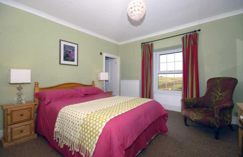 Pembrokeshire holiday cottage sleeps 8 - double with rural views and en-suite shower