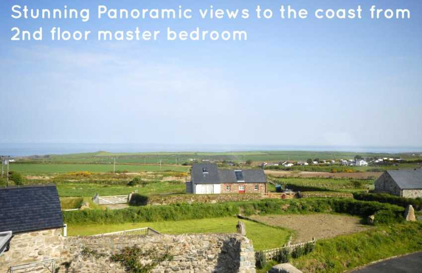 Stunning panoramic views to the coast from the 2nd floor master bedroom