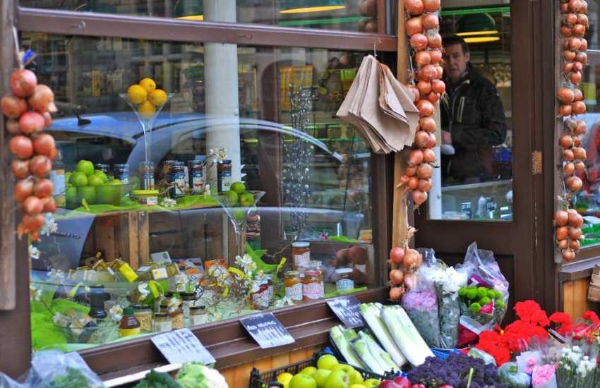 Criccieth High Street with lovely shops
