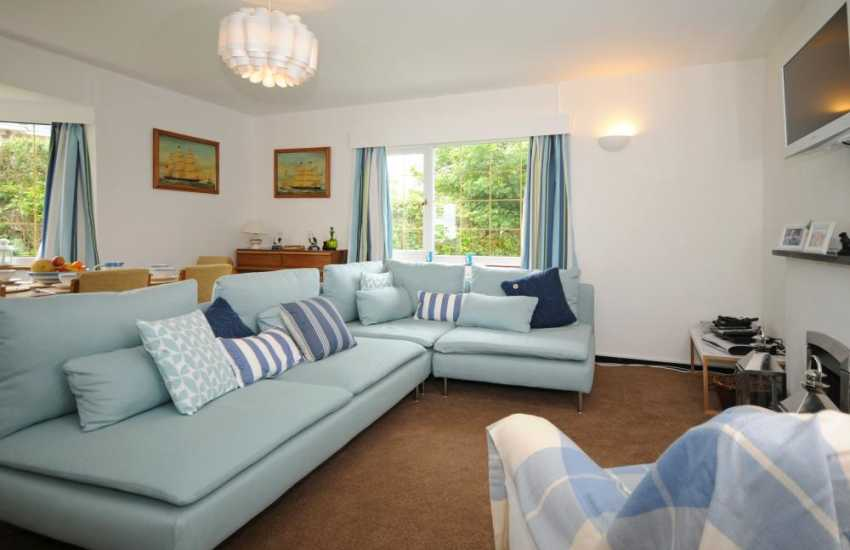 Lleyn Peninsula holiday cottage - lounge