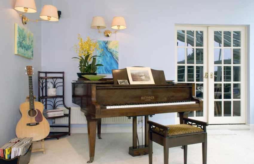 Grand piano Pembrokeshire self catering holiday mansion