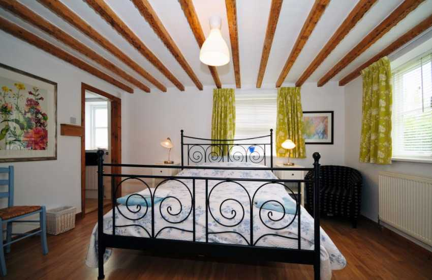 Holiday cottage Anglesey double bedroom en-suite