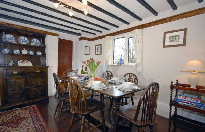 Solva Valley cottage for rent - dining room