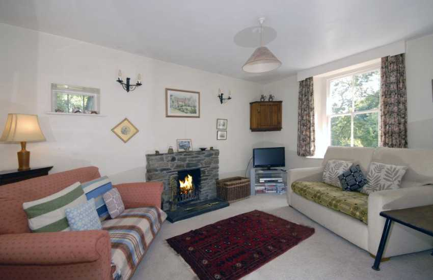 Holiday cottage with sea views -lounge