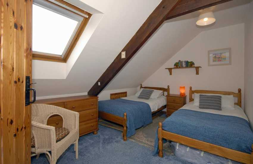 Self-catering house St Davids sleeps 8 - 2nd floor twin