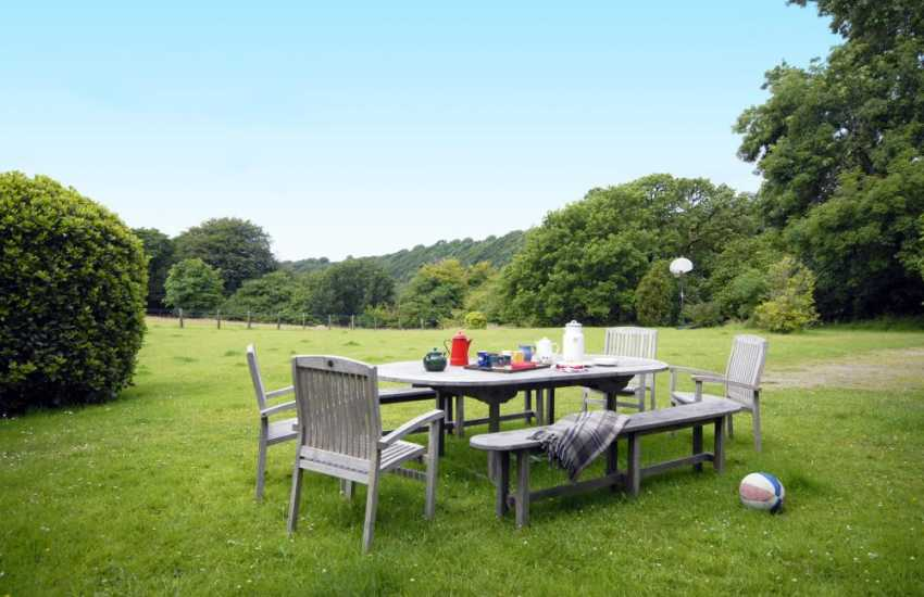 Grounds at Plas Pontfaen House, Pembrokeshire - pets welcome