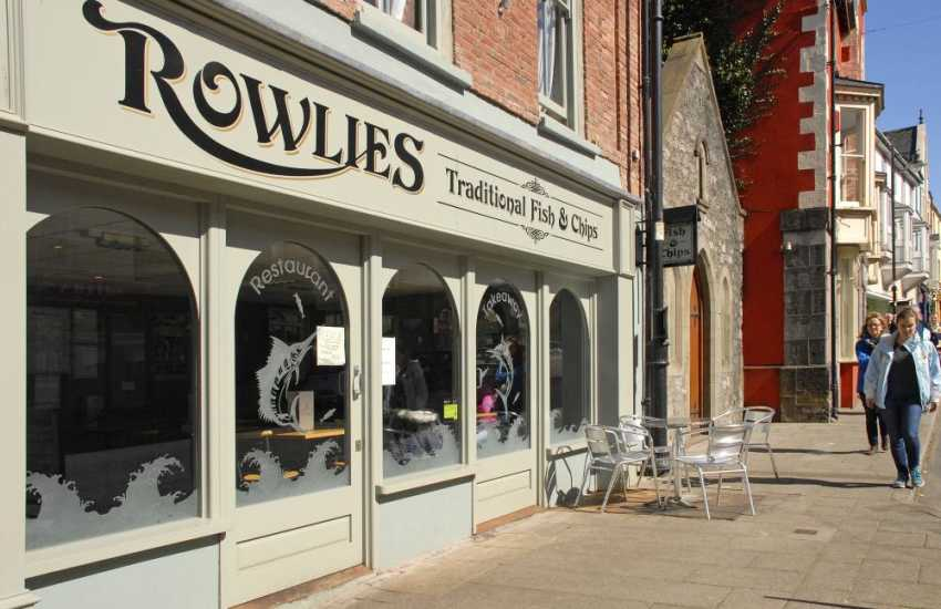 Try 'Rowlies' for delicious fish & chips - eat in or takeaway!