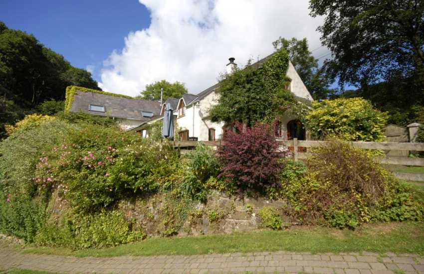 Rural retreat near Newport Pembrokeshire