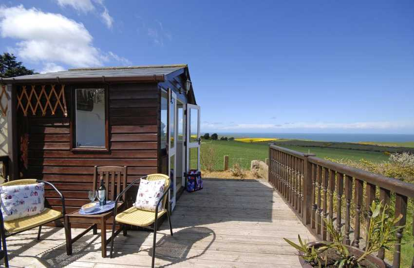 St Davids family holiday home with coastal views - summer house