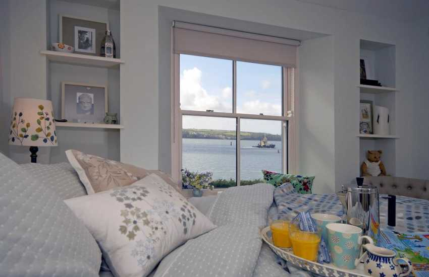 Pembrokeshire holiday home - king size master bedroom with river views