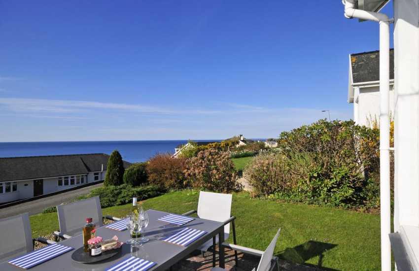 North wales coastal cottage - garden