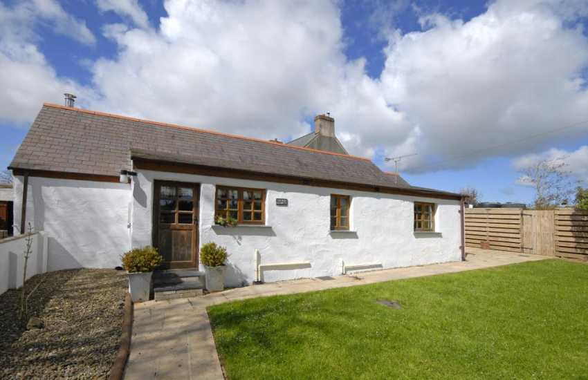 Farm holidays in Pembrokeshire - restored barn with enclosed gardens