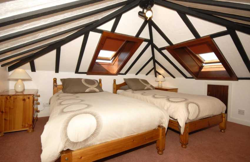 Pembrokeshire holiday home sleeps 7 - twin above lounge (restricted headroom)