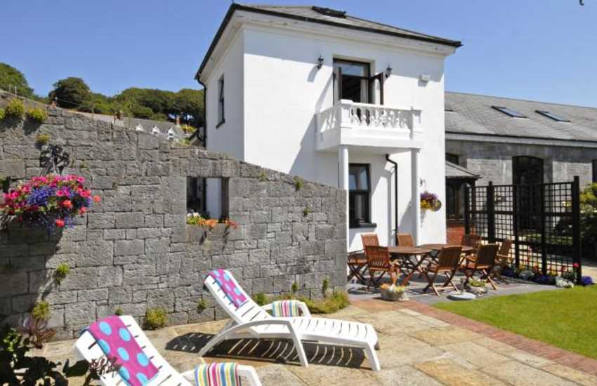 Holiday home on The Haven Waterway, Pembrokeshire - pets welcome