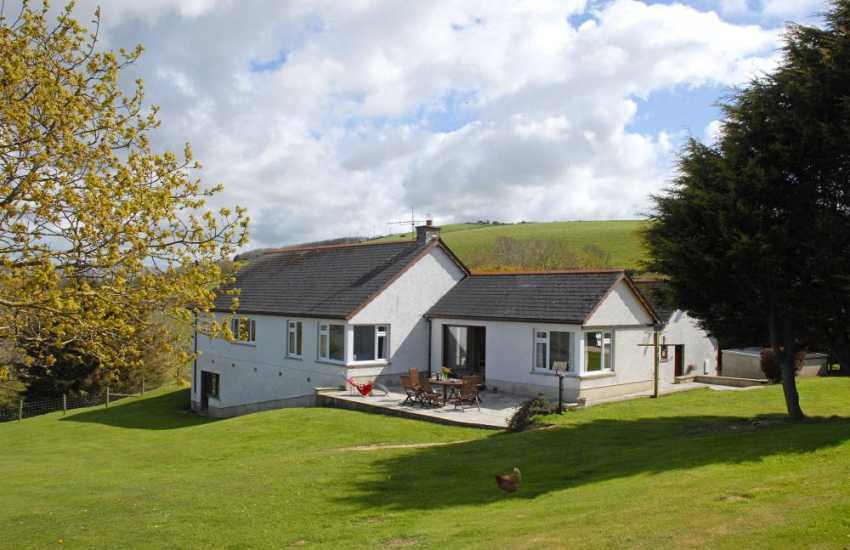 Cardigan Heritage Coast - house for rent with gardens and pets welcome