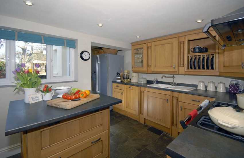 Self catering holiday cottage St Davids - luxury fitted kitchen with Rangemaster oven