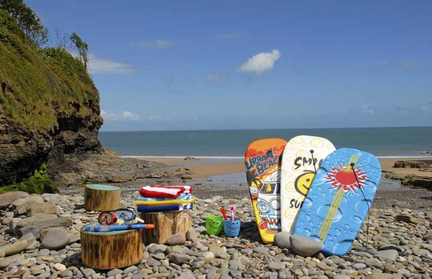 Tenby,South Pembrokeshire holiday home on Waterwynch Beach