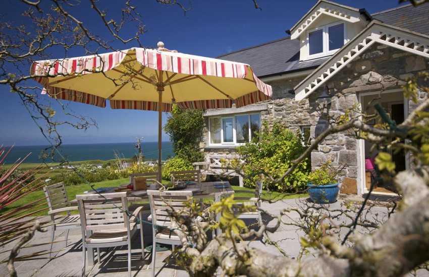 Nefyn holiday cottage - exterior