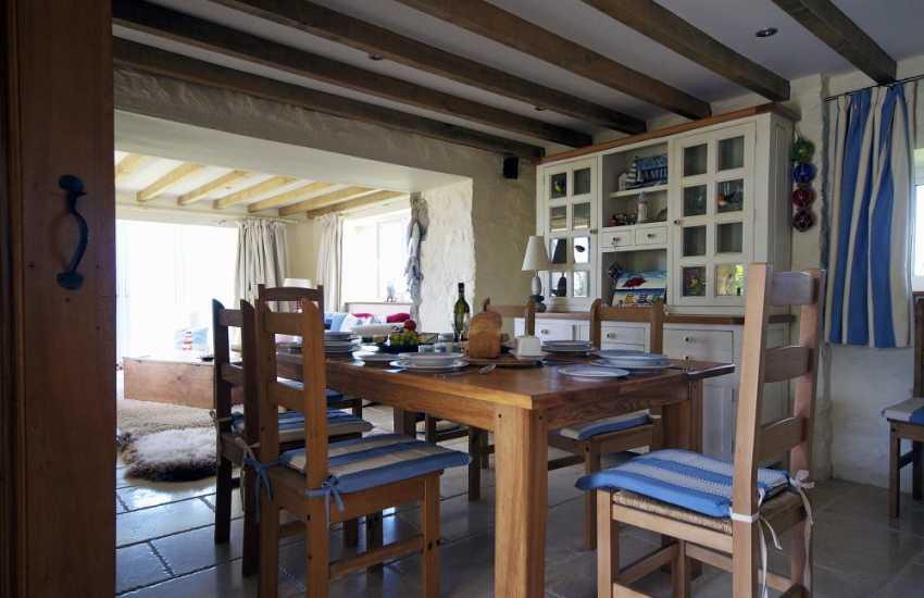 Nefyn holiday cottage - dining