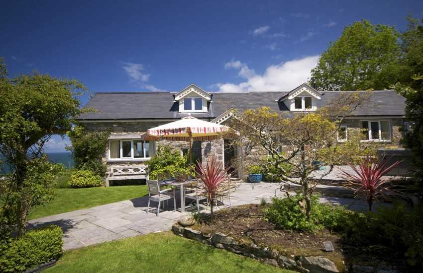 Holiday cottage Llyn Peninsula - exterior