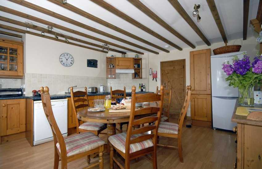Self catering cottage near St Davids - farmhouse kitchen/diner