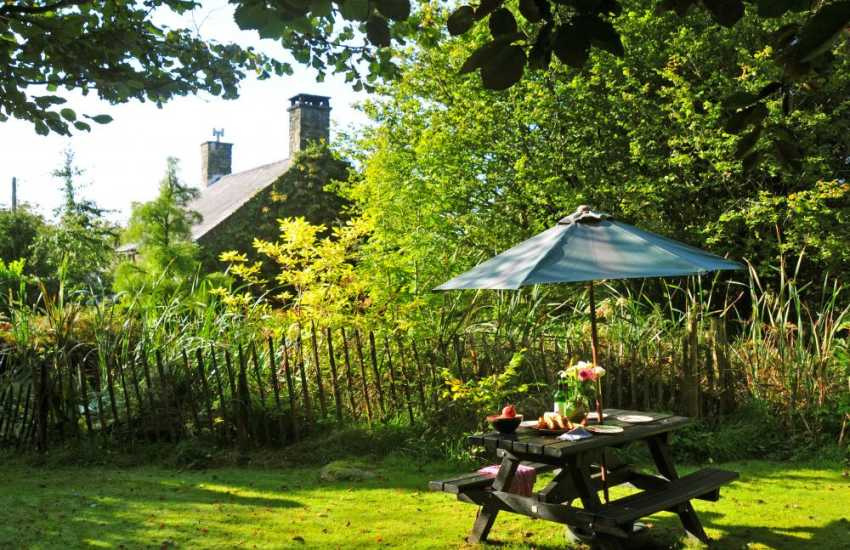 Holiday cottages Snowdonia - garden