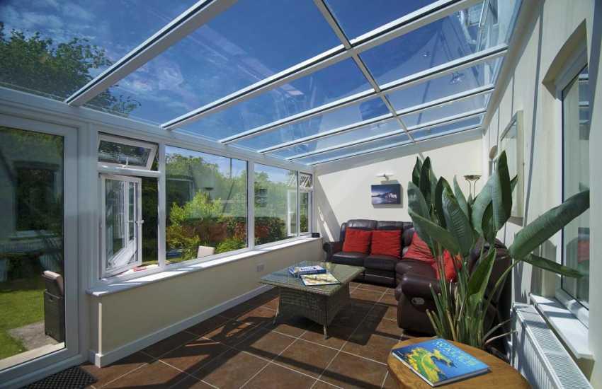 Porthdinllaen holiday cottage - conservatory