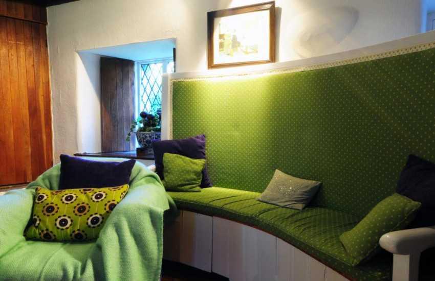 Holiday cottage near Porthmadog - lounge