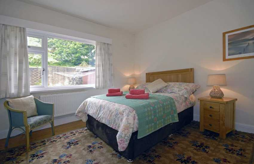 North Pembrokeshire holiday cottage - master double