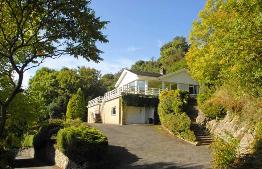 Holiday bungalow overlooking the beach at Aberporth