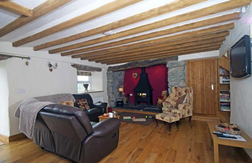 Cottage with wifi and log burner north Wales - lounge