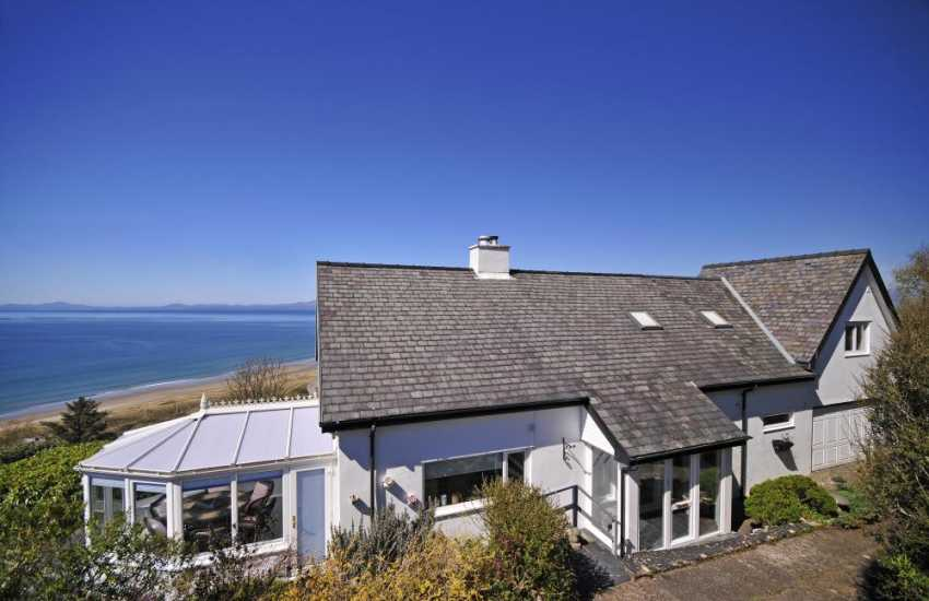 Wales holiday luxury cottage - exterior