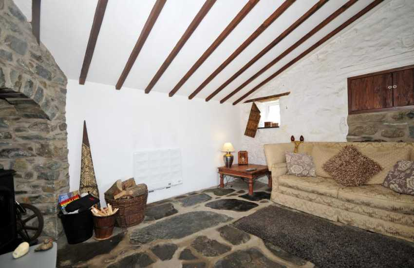 Barmouth holiday apartment - lounge