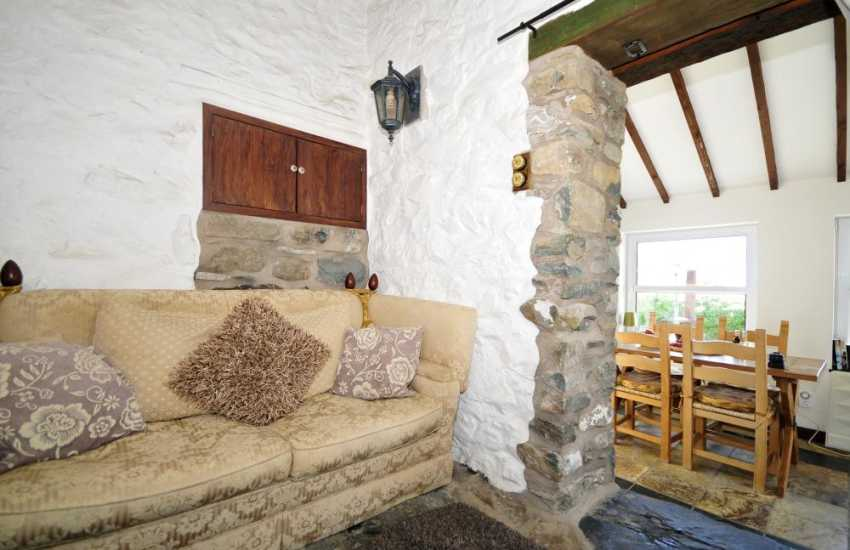Barmouth cottage for 2 - lounge