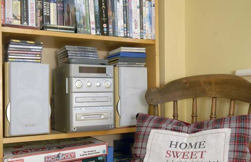 St Davids child friendly holiday house with lots of books, games, DVDs, and music centre