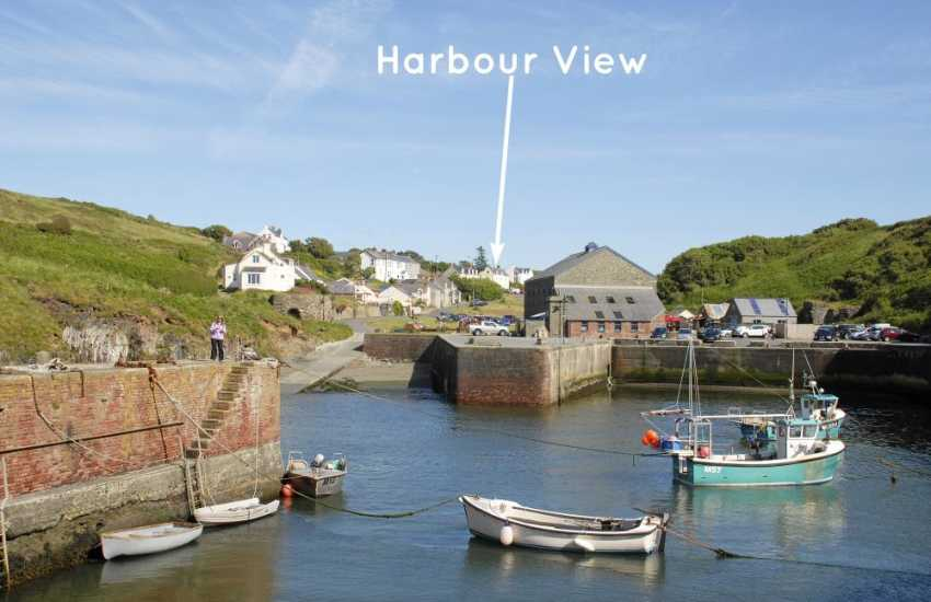 Porthgain Pembrokeshire - coastal holiday home overlooking Porthgain Harbour