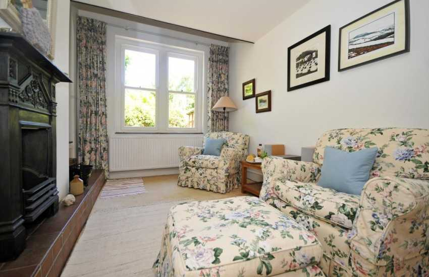 Large holiday cottage Abergavenny - sitting room