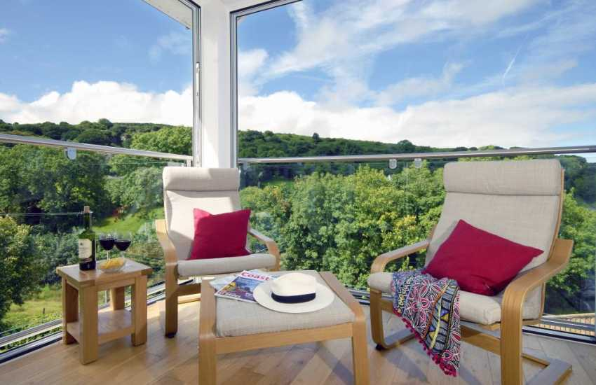 Pembrokeshire modern holiday home with stunning views over the Gwaun Valley