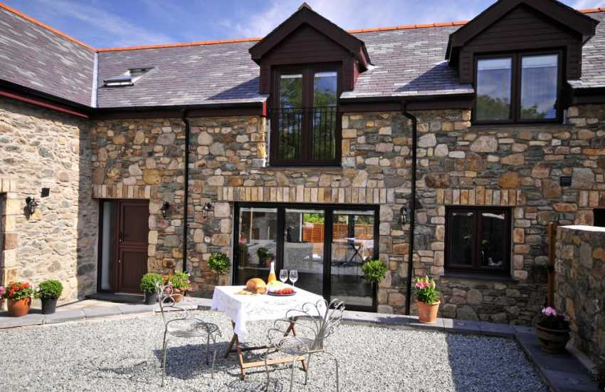 Holiday cottage Anglesey - exterior